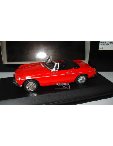 MINICHAMPS MG B CABRIOLET 1962-69 RED